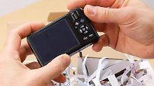 Mit B-Ware kann man ein Schnäppchen machen. Allerdings können die Geräte kleine Schönheitsfehler haben.