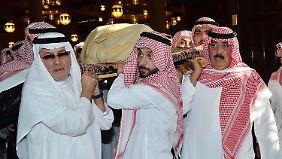 Salman neuer saudischer Herrscher: Wulff vertritt Deutschland bei Trauerfeier für König Abdullah