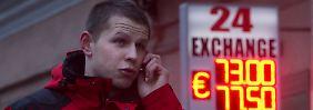 "S&P senkt den Daumen: Was ""Ramschniveau"" für Russland bedeutet"