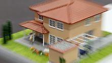 Auch Hartz-IV-Bezieher haben prinzipiell Anrecht auf Tilgungsraten zur Eigenheimfinanzierung, wenngleich unter strengen Auflagen. So urteilte das Hessische Landessozialgericht. Foto: Jan Woitas
