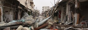 Fassbomben töten Dutzende Menschen: Syrische Luftwaffe fliegt massive Angriffe