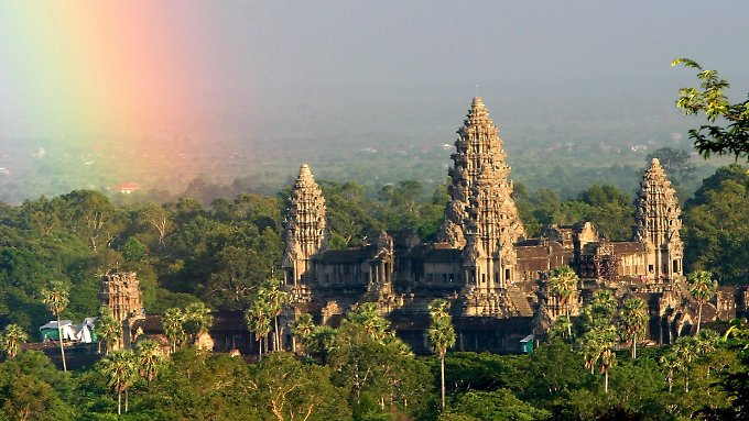 Der Haupttempel in Angkor Wat ist der größte der Welt und ein Touristenmagnet.