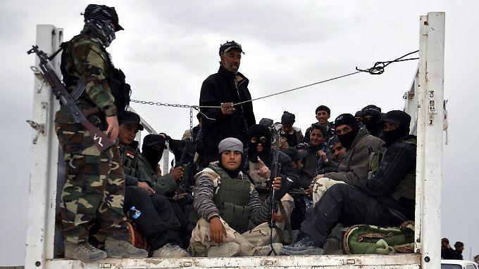 Kämpfer auf dem Weg nach Tikrit: Der Irak will den IS aus den Hochburgen im Norden vertreiben.