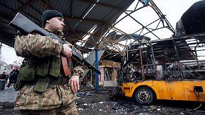 Umsetzung der Waffenruhe ungewiss: Kiew bekräftigt Anspruch auf Donezk und Luhansk