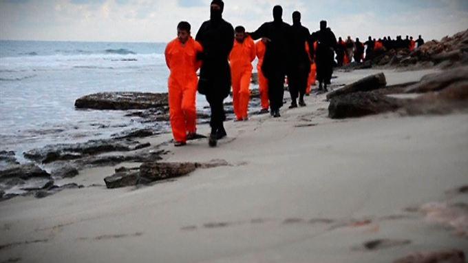 Die Ermordung von 21 Kopten aus Ägypten an einem libyschen Strand führt erneut die menschenverachtende Grausamkeit der IS-Miliz vor Augen.