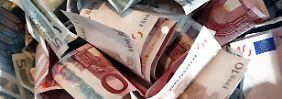 Einkommenslücke wächst: Mini-Zinsen beuteln deutsche Verbraucher
