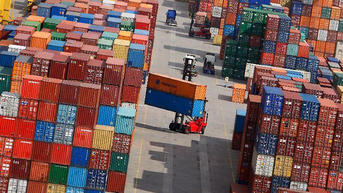Starke Exporte: Container im Hamburger Hafen.