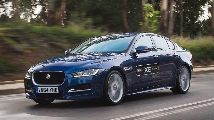 Jaguar wird in Genf den XE als Konkurenz für BMW 3er, Audi A4 und Mercedes C-Klasse präsentieren.