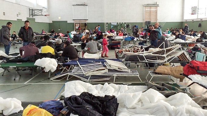 Flüchtlingsunterkunft im sächsischen Schneeberg: Tag für Tag kommen rund 350 illegale Einwanderer nach Deutschland.