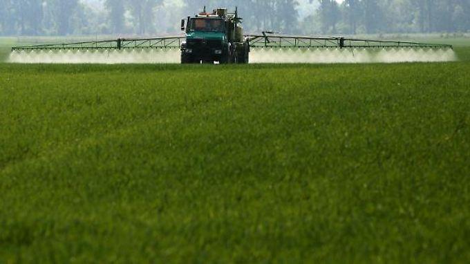 Behörden prüfen: Wurden für die Preise für Pflanzenschutzmittel abgesprochen?