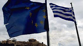 Neues Geld, altes Spiel: Griechenland verlangt Euro-Hilfen schon früher