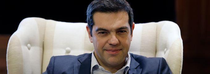 """Bereitet Alexis Tsipras die Griechen auf eine Rückkehr zur """"Würde"""" - beziehungsweise zur Drachme - vor?"""
