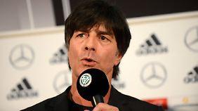 Vertrag bis 2018 verlängert: Löw führt DFB-Team nach Russland