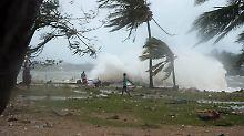 """Hilfe für Vanuatu läuft langsam an: Debatte um Klimawandel nach Zyklon """"Pam"""""""