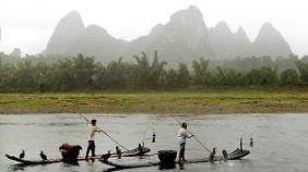 In ländlichen Gebieten Asiens (hier das chinesische Yángshuò) scheinen Strom und Internet Lichtjahre entfernt.