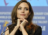 Nach positivem Bluttest: Angelina Jolie lässt Eierstöcke entfernen