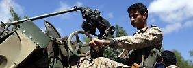 Huthi rücken in Südjemen vor: Angreifer feuern Raketen auf Hadis Residenz