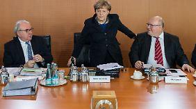 Merkel während der Kabinettssitzung