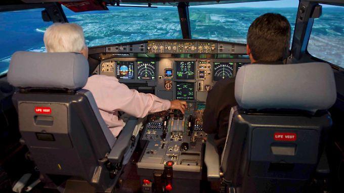 Im Cockpit verlassen sich Pilot und Co-Pilot blind aufeinander.