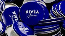 Farbmarken sorgen für Ärger: Nivea-Blau vor roten Roben