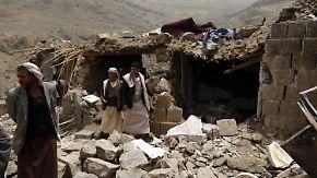 Russland fordert Feuerpause: Saudische Luftangriffe töten über 500 Zivilisten im Jemen