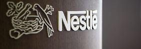 Schwache Entwicklung in China: Nestlé wächst dank Wasser und Süßwaren