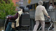 Krankenkassen rutschen ins Minus: Sozialversicherung häuft weniger Reserven an