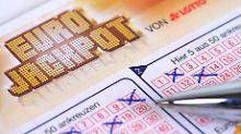 Falls es mit dem Jackpot klappt: Wie viel bekommt das Finanzamt?