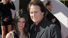 Paukenschlag in der Promi-Welt: Kim Kardashians Stiefvater ist eine Frau