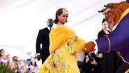Romlette, Rongebob oder Rirutsche?: Rihannas Kleid erinnert an Fastfood und Notlandungen