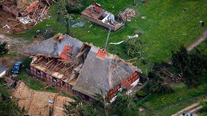 Kleinstadt gleicht Trümmerfeld: Tornado raubt vielen Bützowern ihr Zuhause
