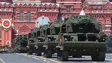 16.000 Soldaten, Panzer und Raketen: Russland feiert riesige Militärparade