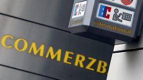 Keine Kartenzahlung, kein Bargeld: EC-Karten der Commerzbank versagen ihren Dienst