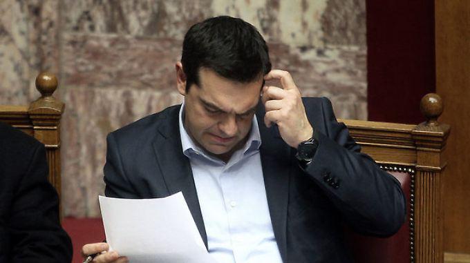 Tsipras zwischen EU und Kabinett: EZB verliert Geduld mit Griechenland