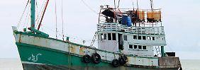 Vor der indonesischen Küste: Marine schickt Flüchtlingsboot zurück