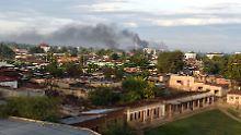 Rauchwolken über der Hauptstadt Bujumbura.