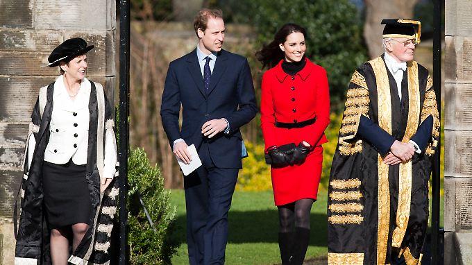 Richardson (l.) leitete bisher die Universität St. Andrews, an der auch Prinz William und Herzogin Kate studierten.