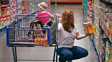 Konsum zieht leicht an: Kauflaune der Amerikaner steigt