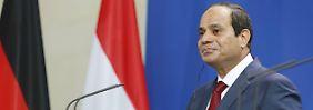 """""""Bevölkerung sollte selbst wählen"""": Sisi verspricht Wahlen noch für 2015"""