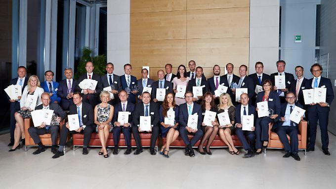 Die Sieger beim Zins-Award 2015 wurden feierlich in der Berliner Bertelsmann-Repräsentanz ausgezeichnet.
