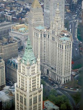 Das Municipal Building in New York (Mitte): stilistisch nicht so weit entfernt.