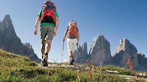 Die Dolomiten glühen im Abendlicht - ein erbauender Anblick! Foto: Südtirol Marketing/Valentin Pardeller