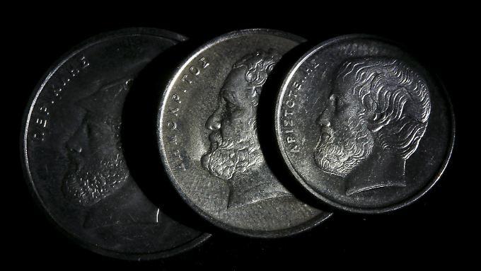 Es würde wohl eine Weile dauern, bis Griechenland neue Münzen geprägt hat. Die alten lassen sich als neue Währung nicht verwenden.