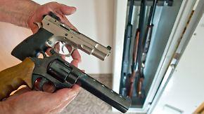Diskussion um Waffenrecht: Qualifizierte Kontrollen bleiben oft aus