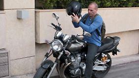 Mit Stinkefinger und Motorrad: Varoufakis bleibt im kollektiven Gedächtnis