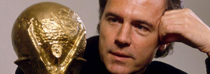 Und er ist der Papa der Kompanie: Franz Beckenbauer. Der Bundestrainer machte nach dem WM-Triumph eine unglaublich Karriere ...