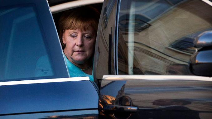 Bislang ließ Angela Merkel nur verlauten, es gebe nicht die Voraussetzungen, um über ein neues Programm für Griechenland zu sprechen.
