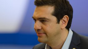 """""""Kompromiss"""" im Griechen-Streit: Tsipras beugt sich in weiten Teilen Forderungen aus Brüssel"""