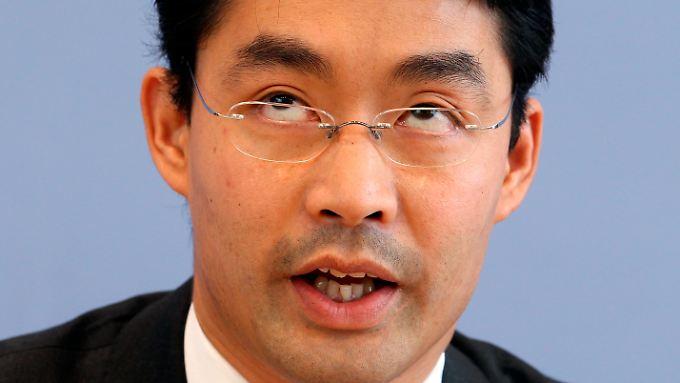 Versicherungsbeiträge steigen: Kabinett beschließt Gesundheitsreform