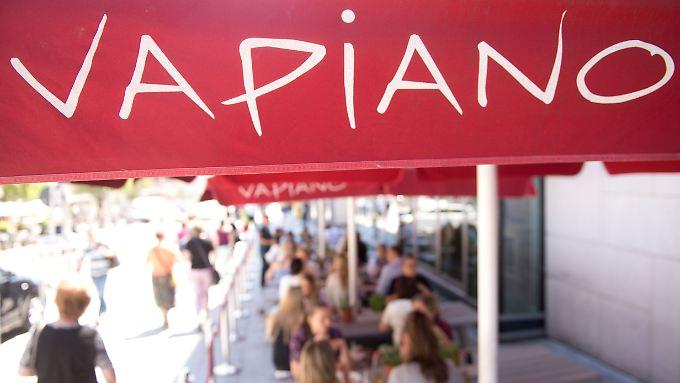 Die Italo-Restaurantkette Vapiano macht Fast-Food-Ketten wie Burger King und McDonald's Konkurrenz.